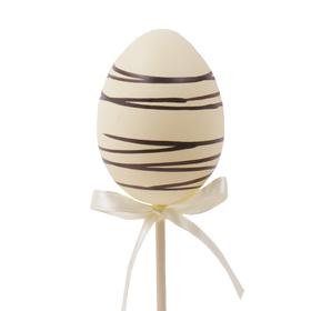 Ei Chocolade 6cm op 50cm stok crème