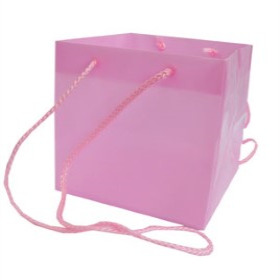 SQUARE CARRYBAG 6.25X6.25X6.25 IN L. PINK