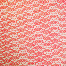 LACE RED 20X28 IN + HOLE